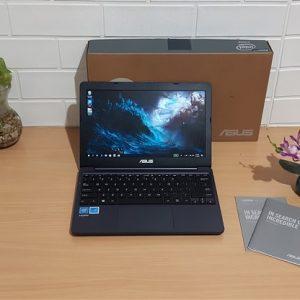 Asus E203MAH Intel Celeron N4000 hdd 500GB, slim mulus elegan layar 11.6-inch (terjual)