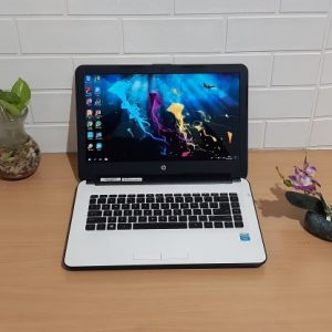 HP 14-AC002TU Intel Celeron N3050 ram 4GB hdd 500GB, slim putih elegan (terjual)
