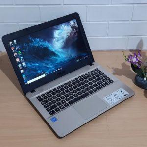 Asus X441NA Intel Celeron N3350 ram 4GB hdd 500GB, normal semua siap pakai