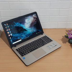 Asus X540LA Core i3-5005U ram 4GB ssd 120GB + hdd 500GB, slim layar 15'6in nyaman buat kerja normal semua siap pakai